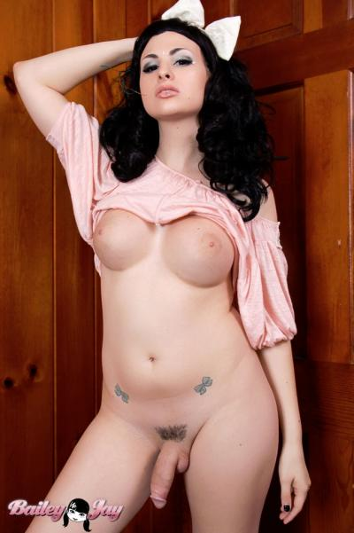 Pics of Bailey Jay Flashing